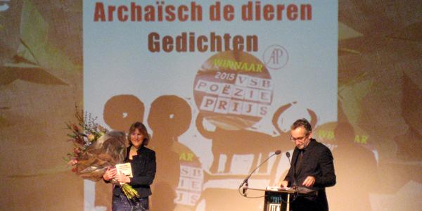 Hester Knibbe wint VSB Poëzieprijs