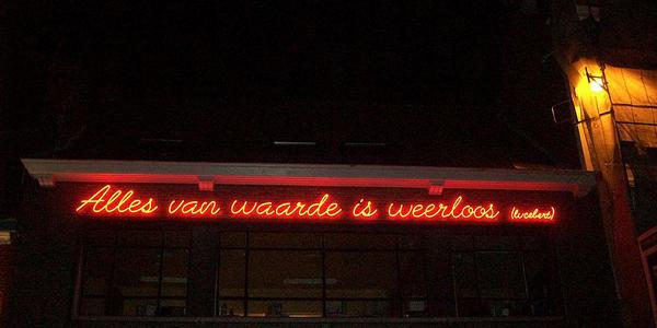 Lucebert_Alles-van-waarde-is-weerloos_cafe-Gent