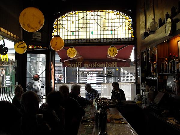 Café Timmer en de gasten van weleer