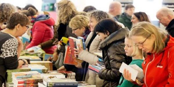 Bibliotheek_boekenmarkt