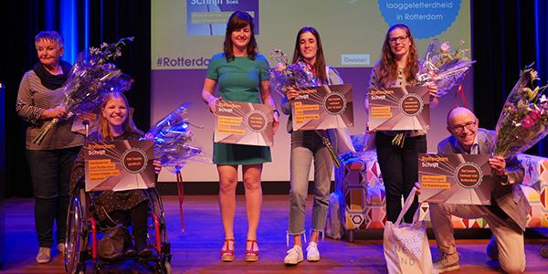 RotterdamSchrijft_Winnaars-podium_180424